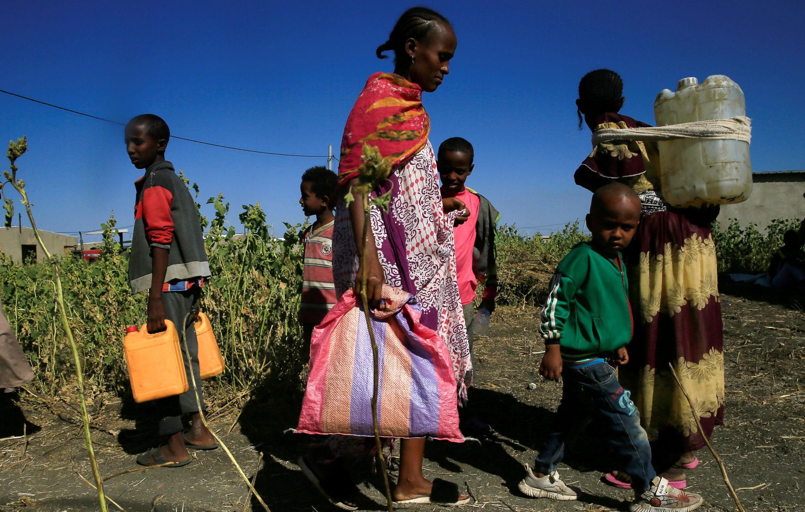 76,500 people were displaced in Afar and an estimated 200,000 in Amhara/Aljazeera.