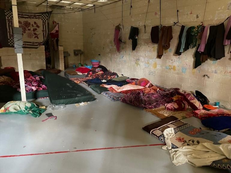 سجن باغرام شهد اعتقال آلاف المواطنين الأفغان حيث تعرضوا فيه للتحقيق والتعذيب بشتى الوسائل (الأناضول)